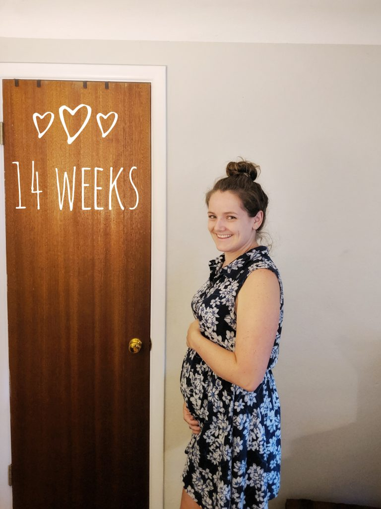 the bumpdate for 14 weeks feels huge but I guess I'm not complaining I LOVE the bump time