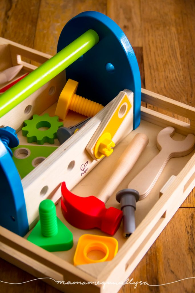 A simple presentation of tools and bolts for her to work on fine motor and get bust fixing everything in the livingroom!