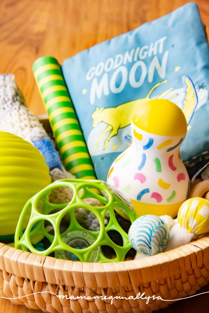 A discovery basket is a simple collection of items that are safe for the babe to explore and learn about at their leisure.